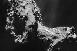 Mynd sem Rosetta-könnunarfarið tók af halstjörnunni 67P/Churyomov-Gerasimenko 20. nóvember.