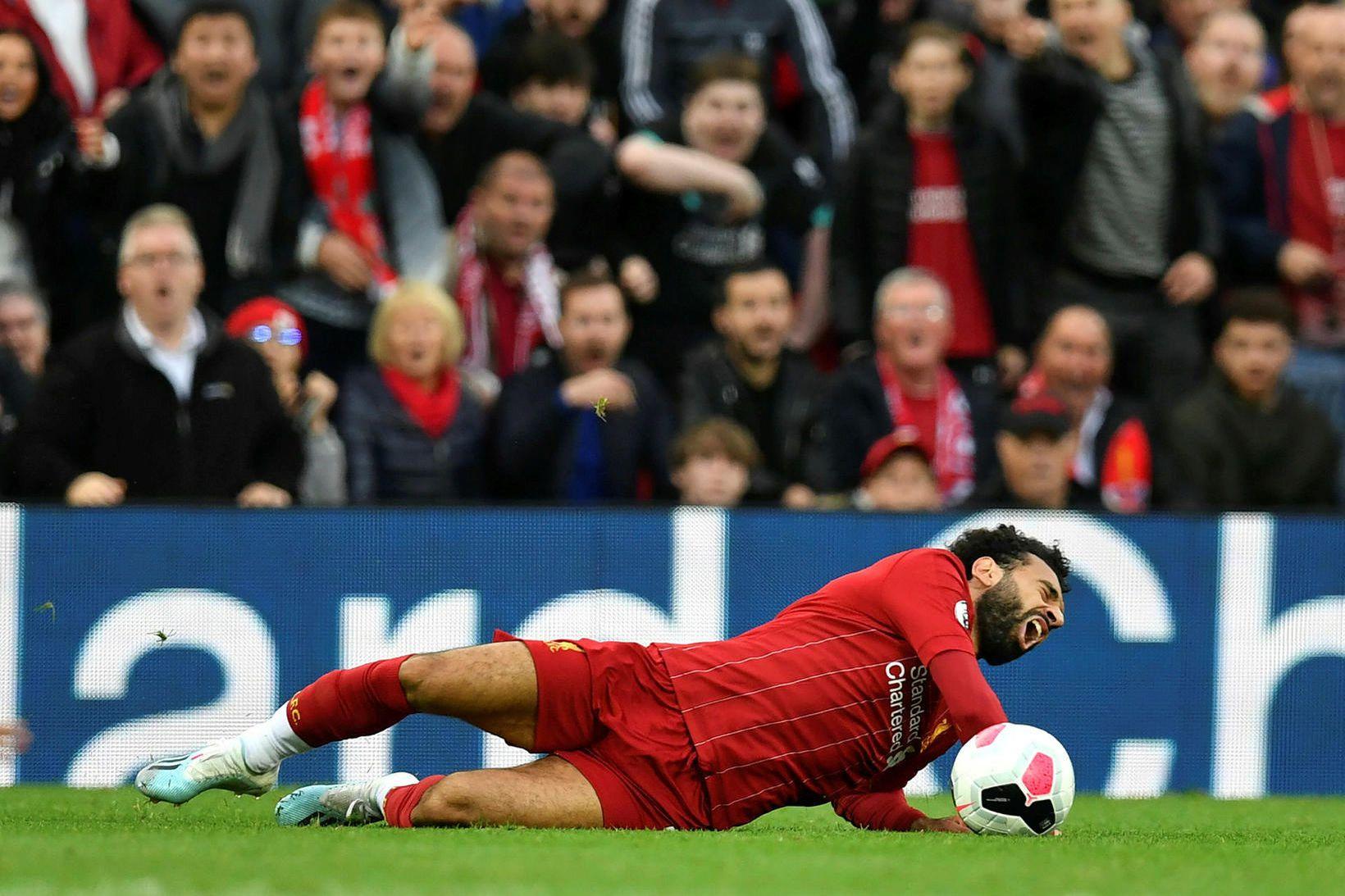 Mohamed Salah fór meiddur af velli í sigri Liverpool gegn …