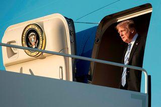 Donald Trump gagnrýndi Barack Obama, fyrrverandi forseta Bandaríkjanna, fyrir að hafa mistekist að stöðva Rússa.