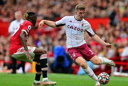 Aston Villa vann sætan sigur á Manchester United í dag.