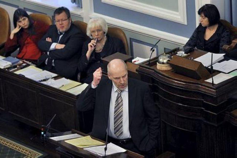 Steingrímur J. Sigfússon, fjármálaráðherra