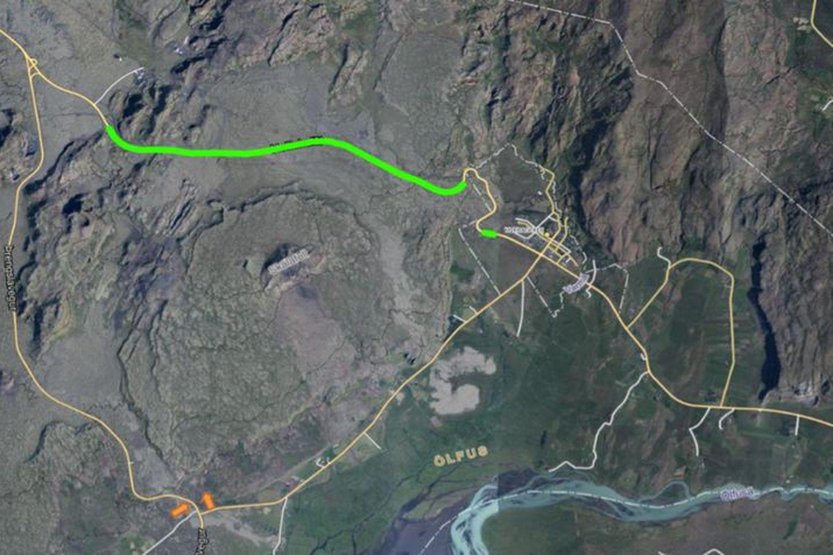 Um 9 km vegkafli á Hellsiheiði verður malbikaður á morgun.