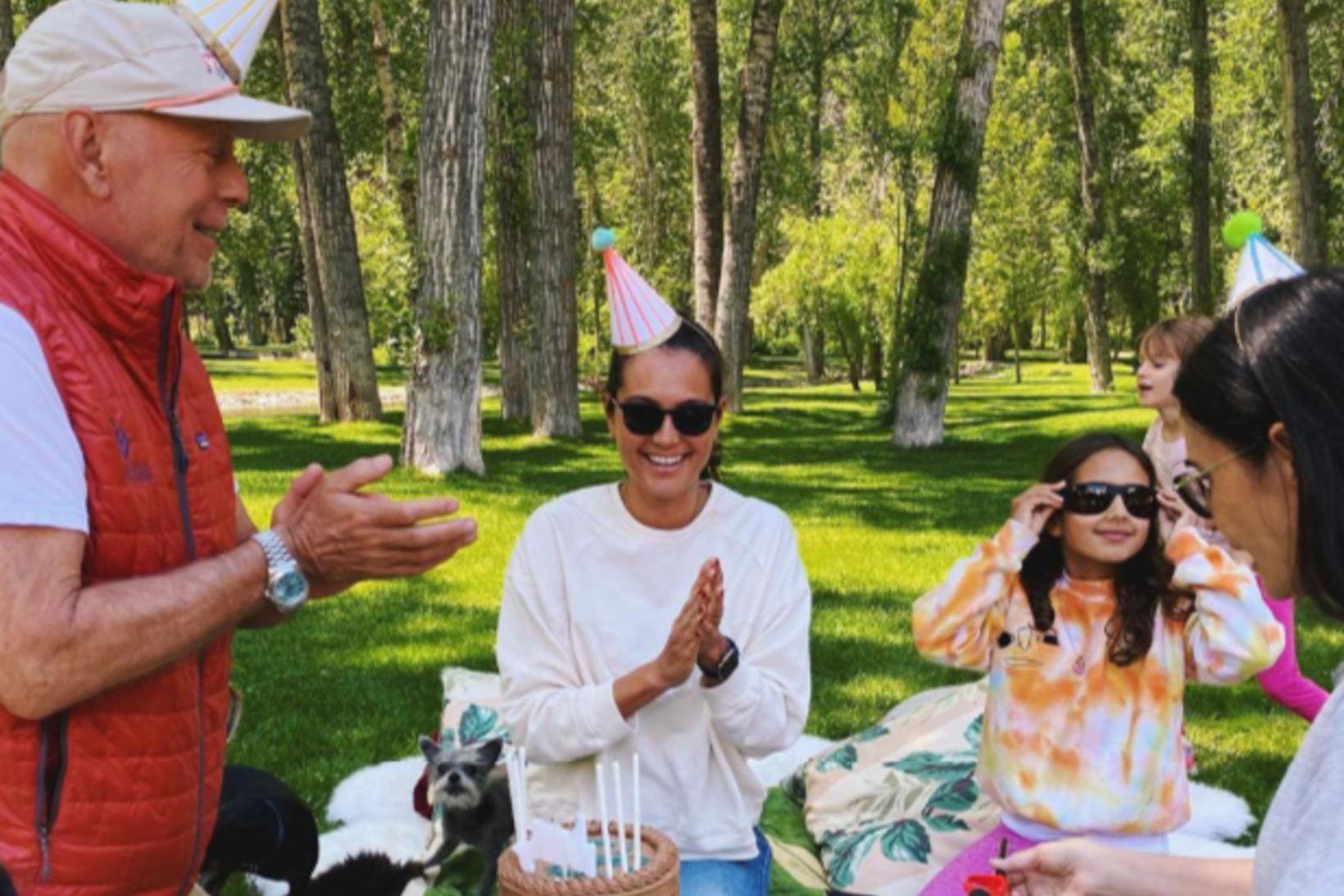 Bruce Willis, Emma Heming Willis, dóttir þeirra og Demi Moore.