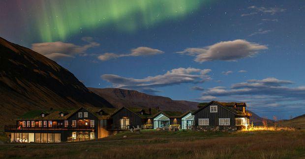 Deplar Farm verður lokað fram að áramótum.