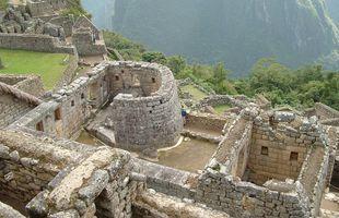 Musteri sólarinnar (e. Temple of the Sun) er í Machu Picchu. Það er talið vera ...