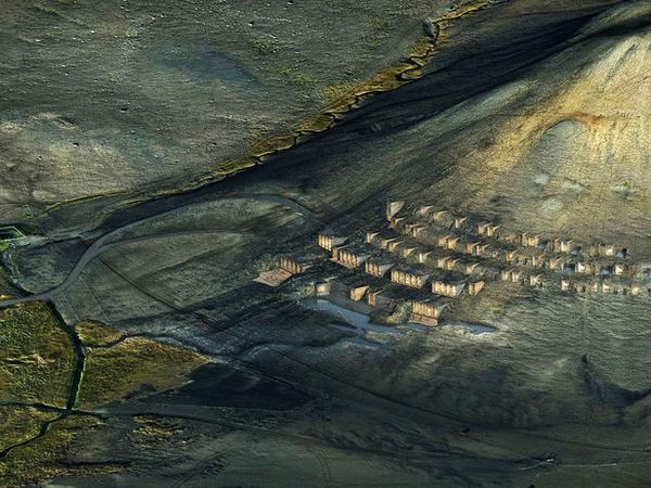 The hotel will be constructed into the mountain thus merging with the landscape.