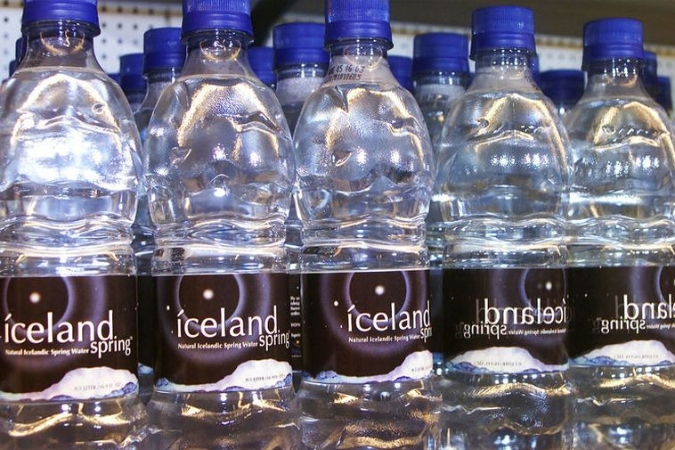 Icelandic water in bottles.