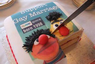 Á kökunni áttu að vera myndir af brúðum úr Sesame Street.