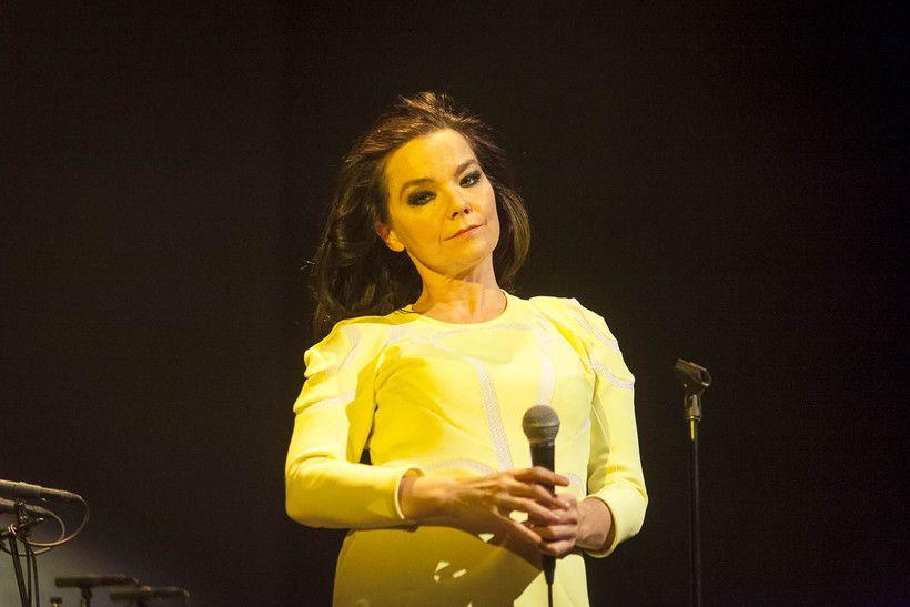Björk >> Noticias, Redes Sociales, Vida Personal - Página 15 731125