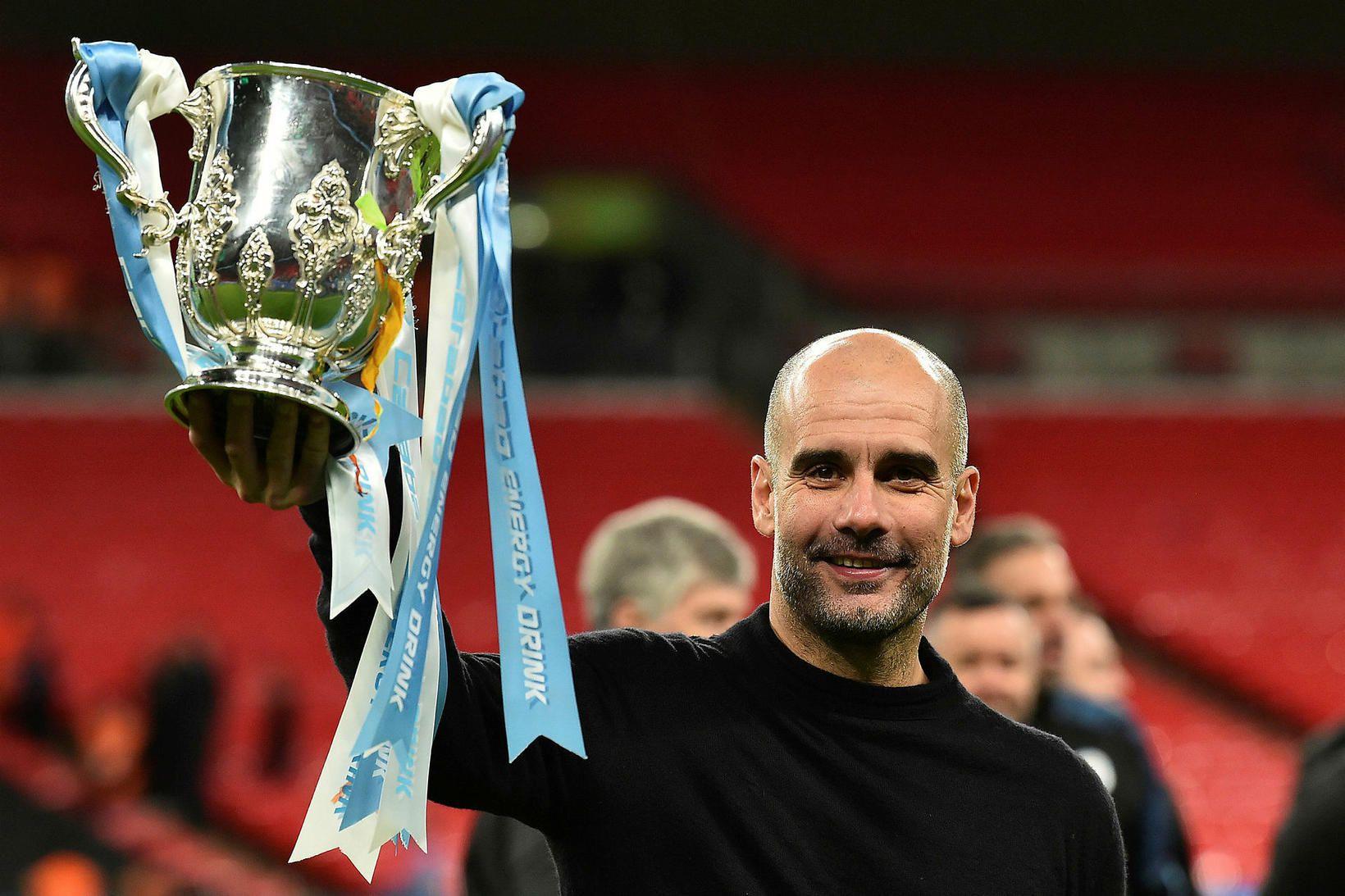 Móðir Pep Guardiola, knattspyrnustjóra Manchester City, lést af völdum kórónuveirunnar …