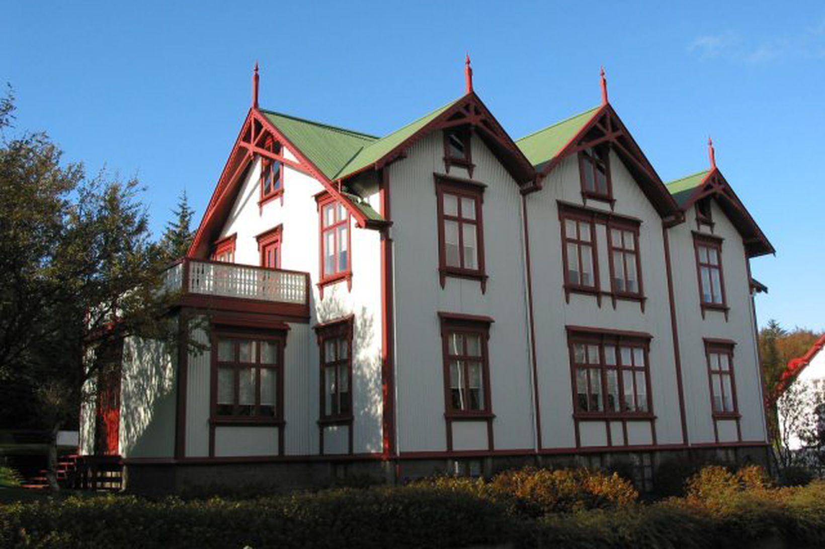 Ráðherrabústaðurinn við Tjarnargötu.