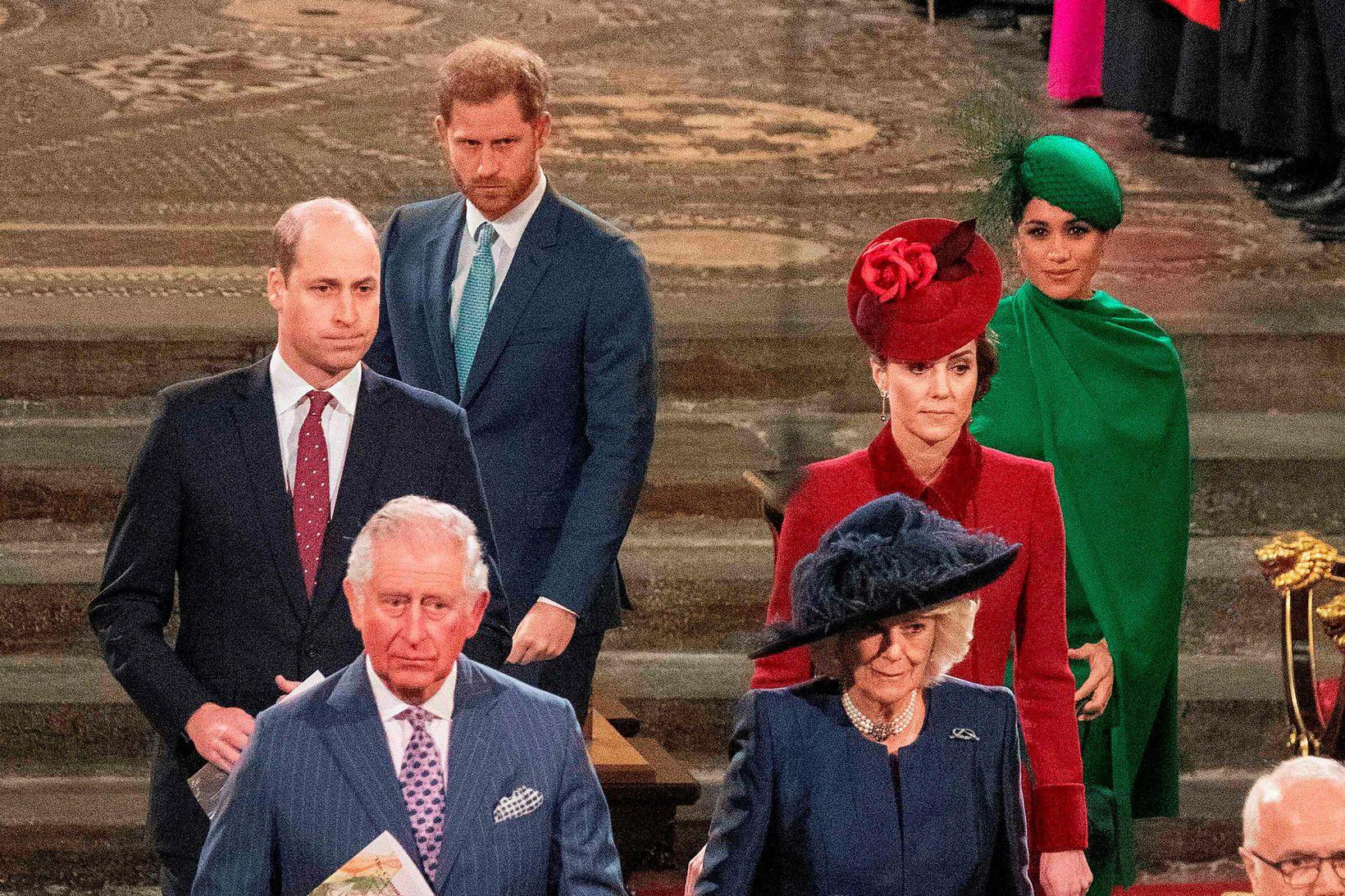 Konungsfjölskyldan í Westminster Abbey 9. mars síðastliðinn. Harry fór aftur …