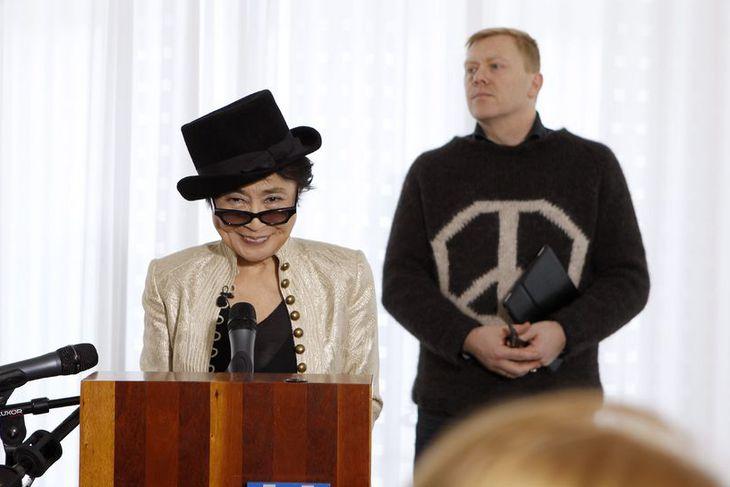 Listakonan Yoko Ono var útnefnd heiðursborgari Reykjavíkur við hátíðlega athöfn í Höfða nýverið.