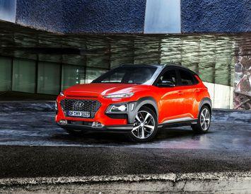 Hyundai Kona er einn framúrstefnulegasti bíll framleiðandans í manna minnum og teflir djarft. Ekki mun ...