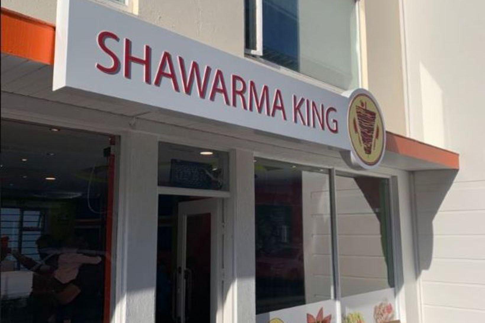 Shawarma king er staðsettur ofarlega á Laugavegi í kringum ferðamannabúðir …