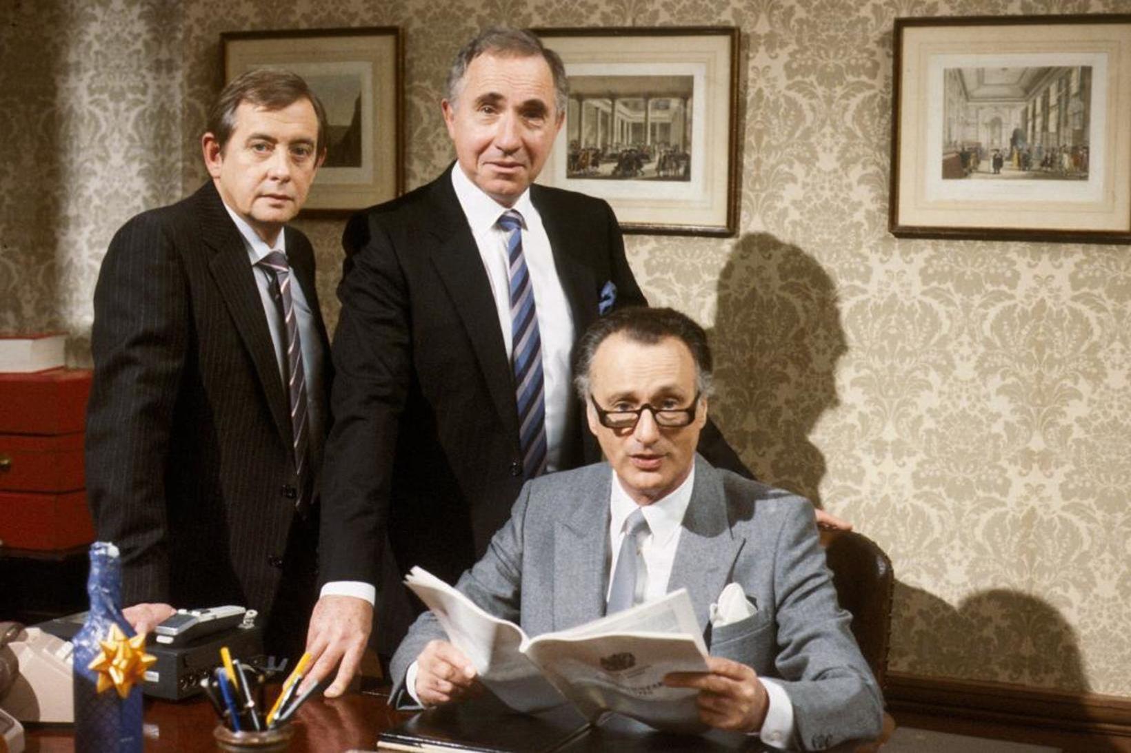 Derek Fowlds, Nigel Hawthorne og Paul Eddington.