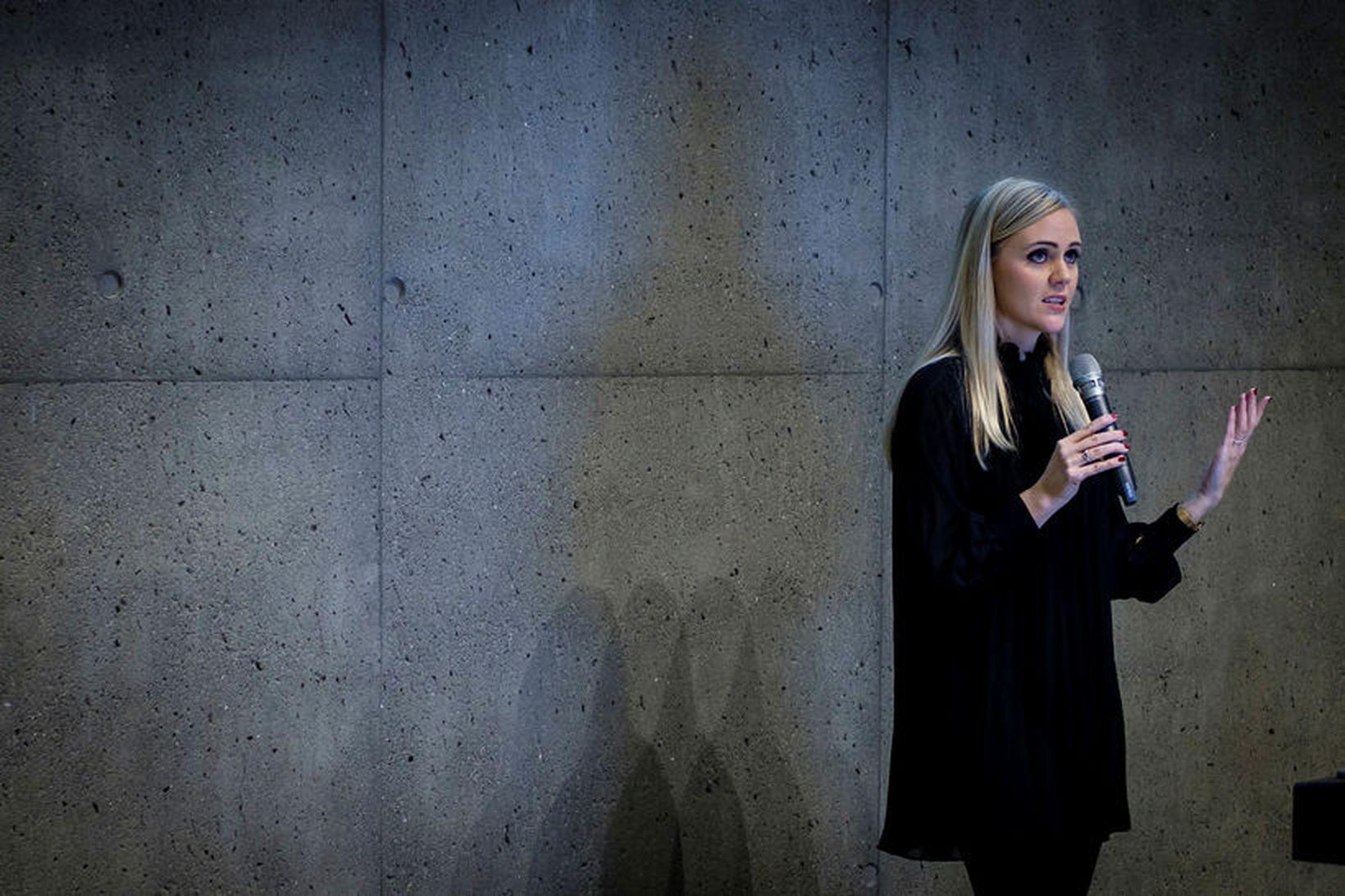Andrea Guðmundsdóttir er búsett í Hong Kong og rannsakar stöðu …