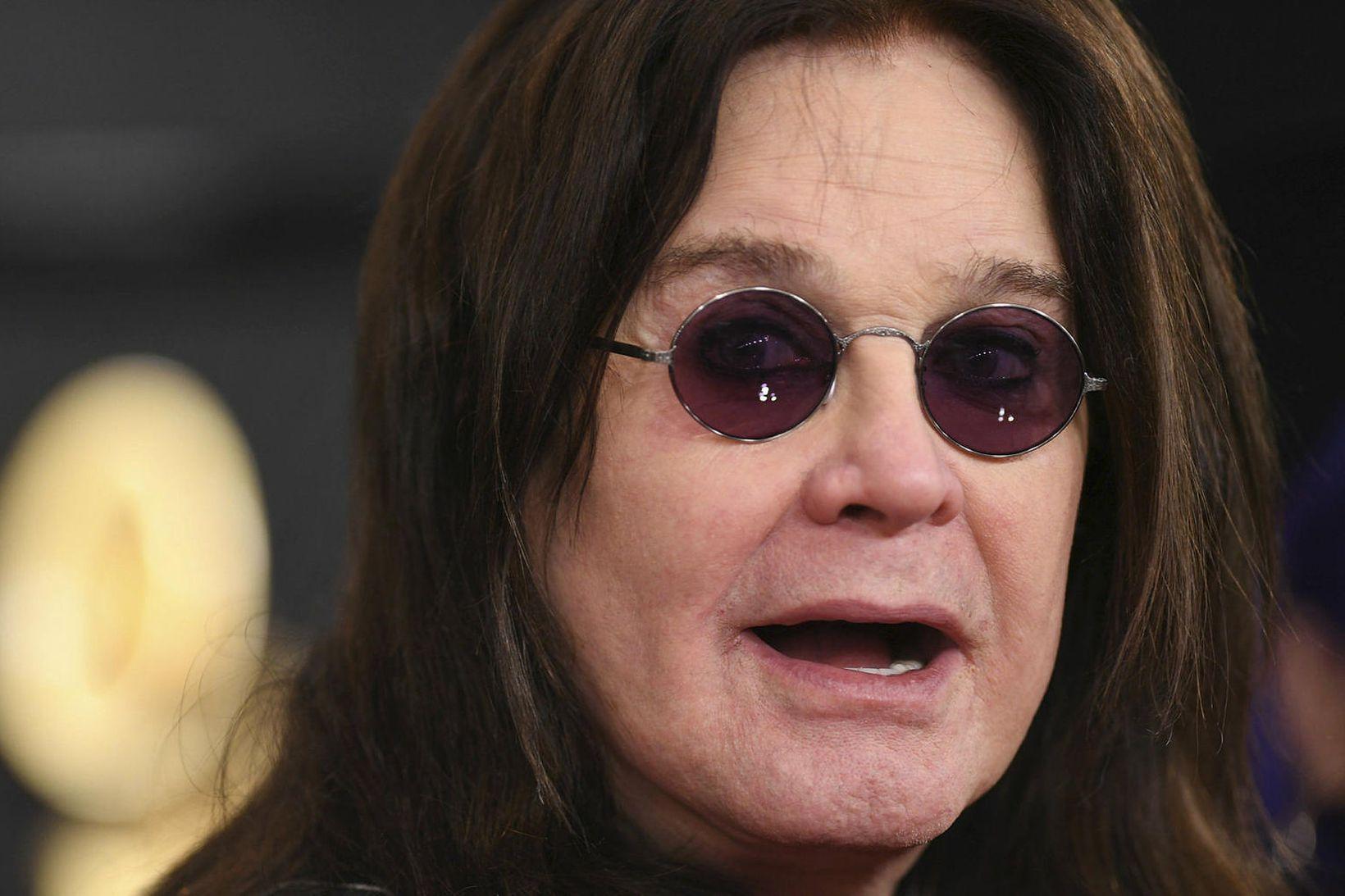 Ozzy Osbourne hefur aflýst tónleikaferðalagi sínu.