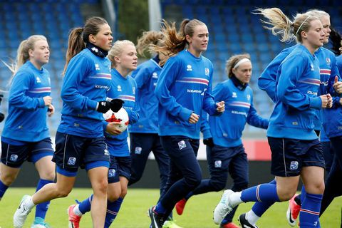 The Icelandic women's national football team.