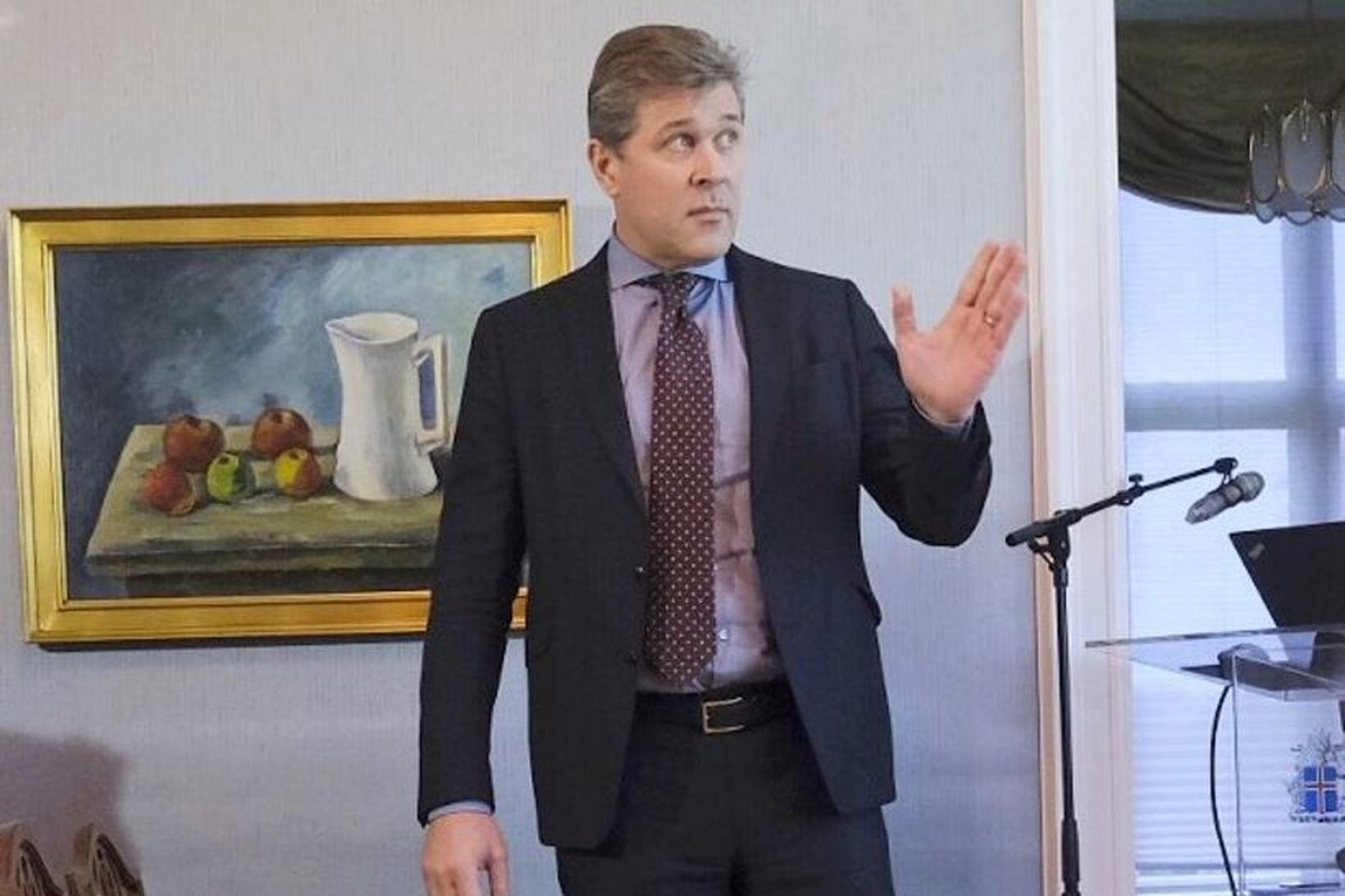 Bjarni Benediktsson á fundinum í Ráðherrabústaðnum í dag.