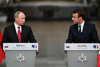Vladimír Pútín Rússlandsforseti og Emmanuel Macron Frakkklandsforseti funduðu í Versölum í dag.