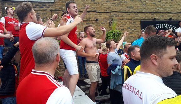 """""""Stattu upp ef þú hatar Tottenham!"""""""
