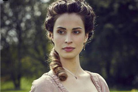 Heiða Rún plays the role of  Elizabeth Chenowth in Poldark.