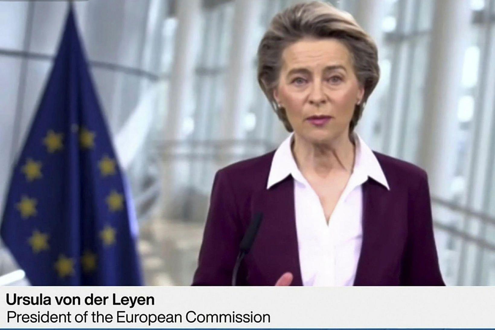 Forseti framkvæmdastjórnar ESB, Ursula von der Leyen, ávarpar hér gesti …