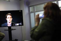Edward Snowden hefur dvalið í Rússlandi í tvö ár.