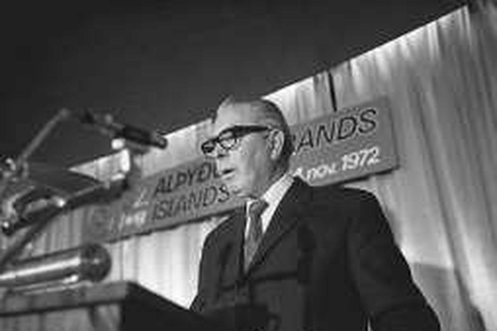 Hannibal Valdimarsson í ræðustóli árið 1972.