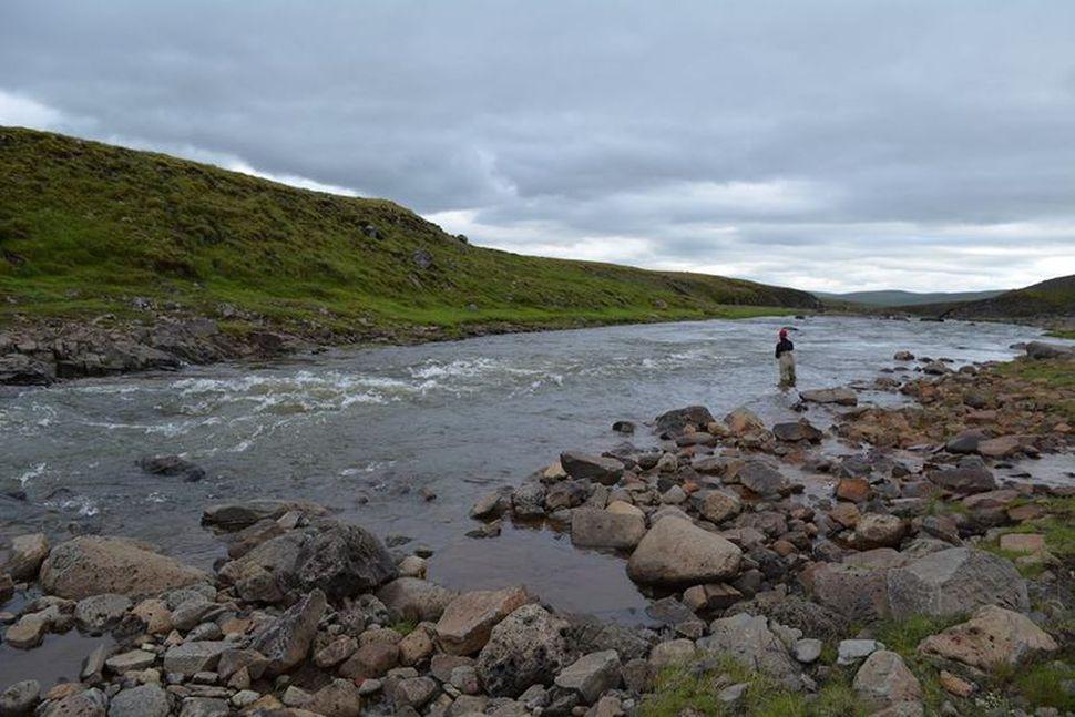 Veiðistaðurinn Sigurhylur (E.P.) í miklu vatni, en hann er mjög ...