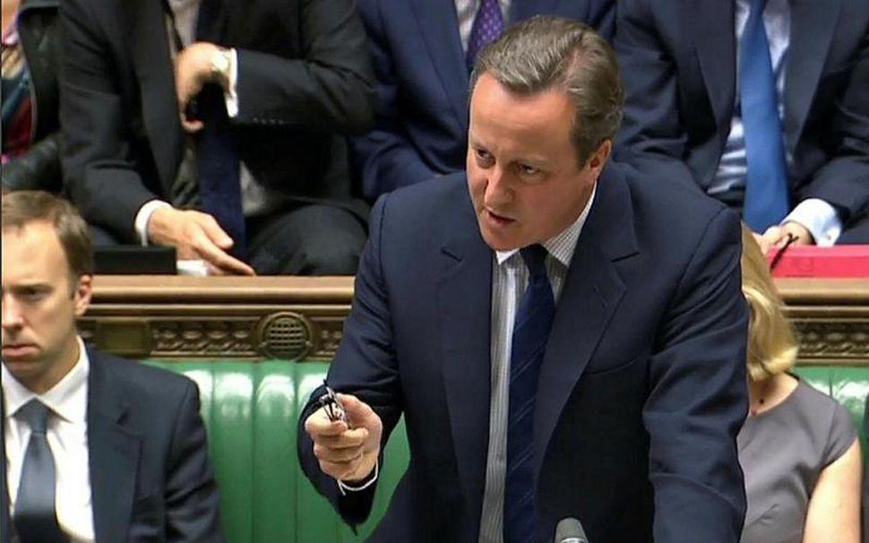 David Cameron í breska þinginu í dag.