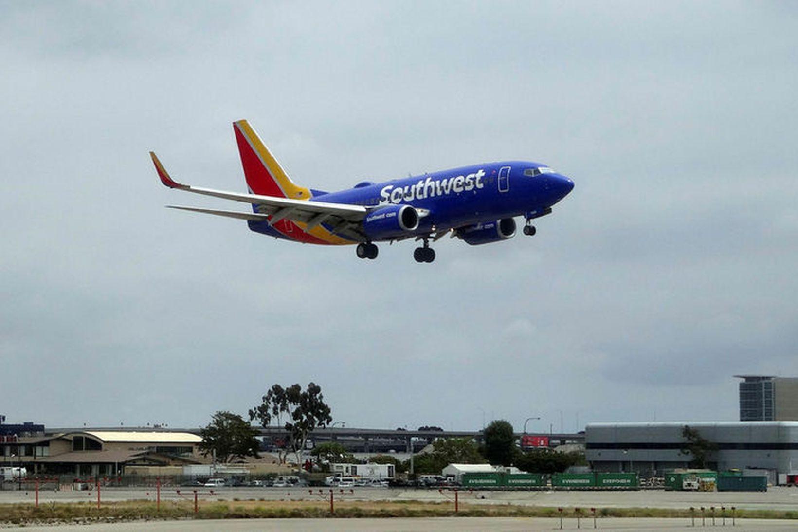 Flugvél frá Southwest Airlines.