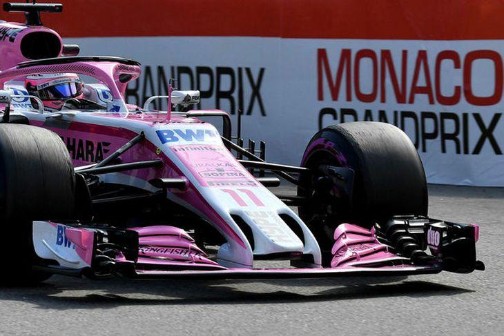 Mexíkóinn Sergio Perez varð níundi í tímatökunni, þremur sætum á eftir liðsfélaga sínum Ocon.