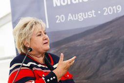 Erna Solberg, forsætisráðherra Noregs, segir að öfgahægristefna sé að verða meiri í Noregi, en engu ...