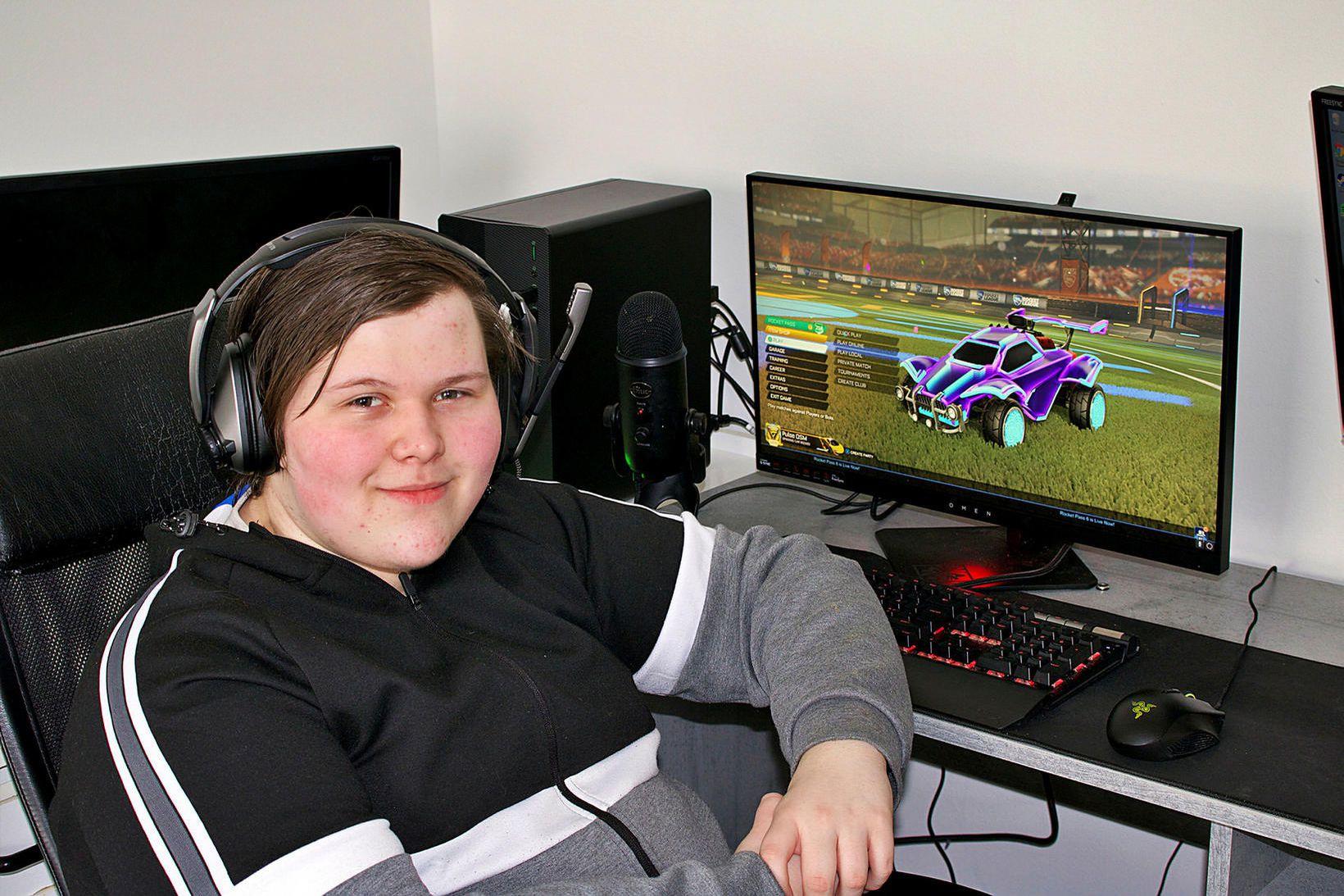 Gabríel Sindri Benediktsson er efstur á heimslistanum í Rocket League.