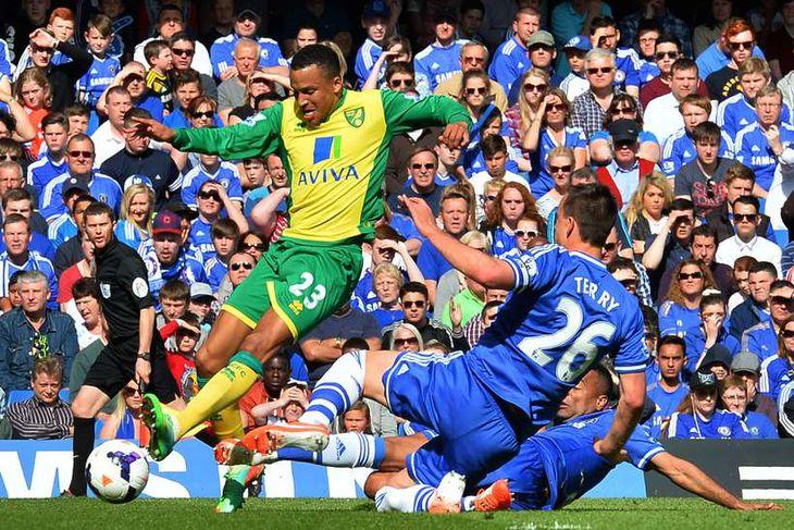 Martin Olsson er kominn til Swansea frá Norwich.