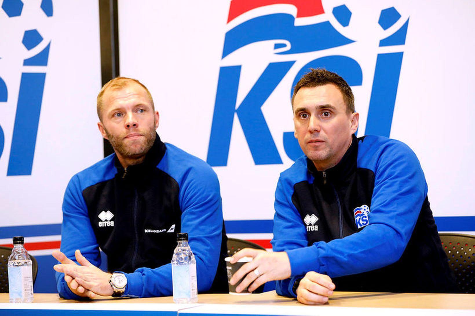 Eiður Smári Guðjohnsen og Arnar Þór Viðarsson stýra 21-árs landsliðinu.