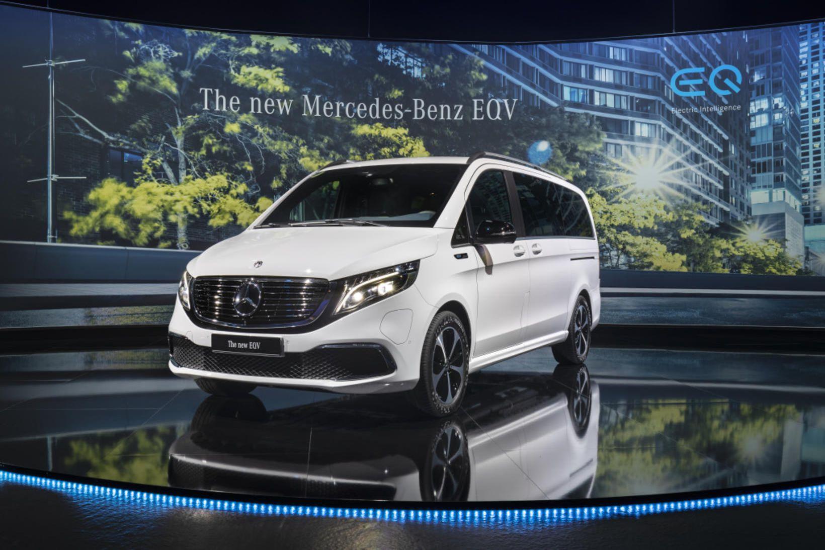 Mercedes-Benz EQV. Rafdrægi hans er 356 km.