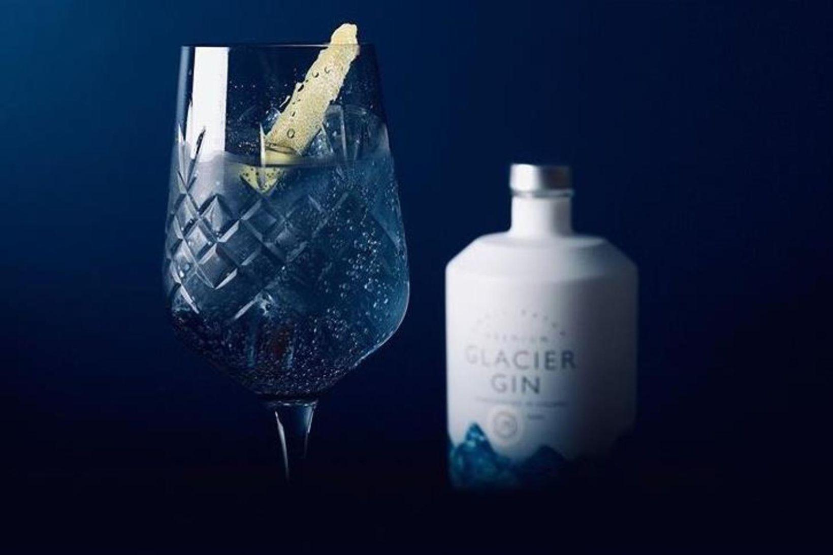 Glacier gin var að kynna nýtt léttgin á markað. Og …