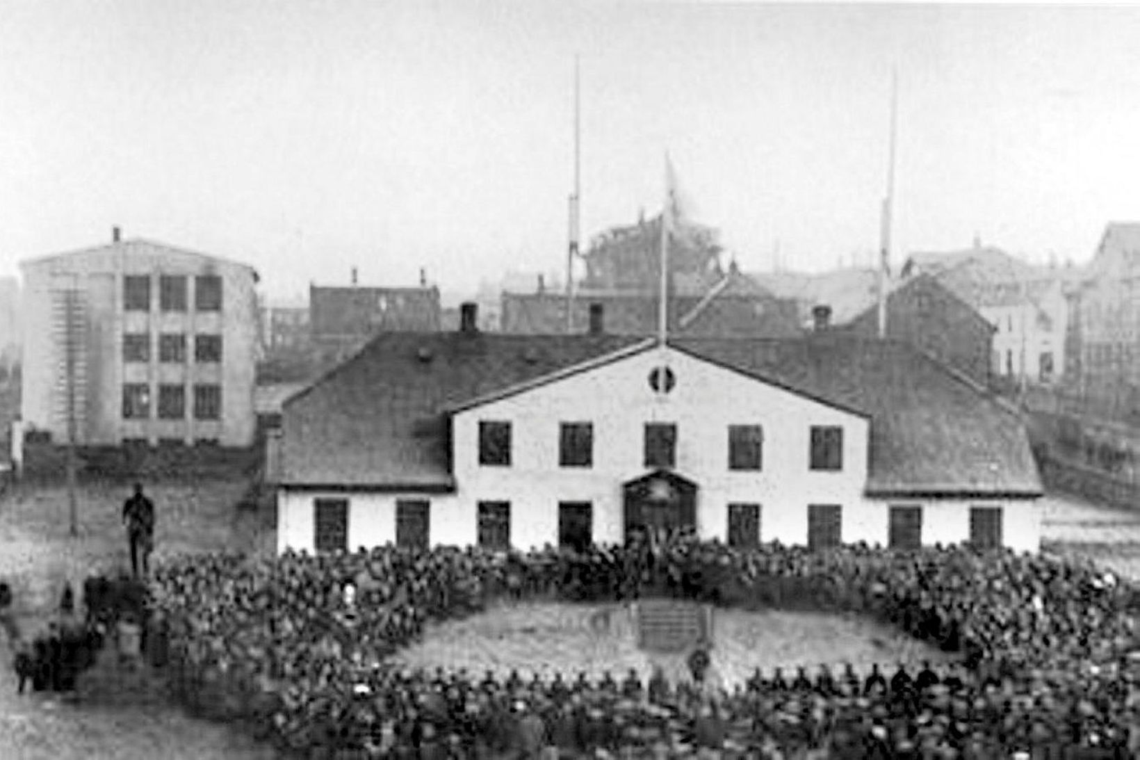 Fullveldi Íslands fagnað 1. desember 1918, í skugga spænsku veikinnar …