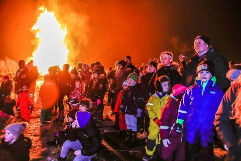 "A ""Þrettándabrenna"" bonfire  in Mosfellsbær."