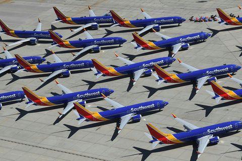 Rúmt hálft ár er síðan allar 737 MAX þotur Boeing voru kyrrsettar eftir tvö gríðarlega ...