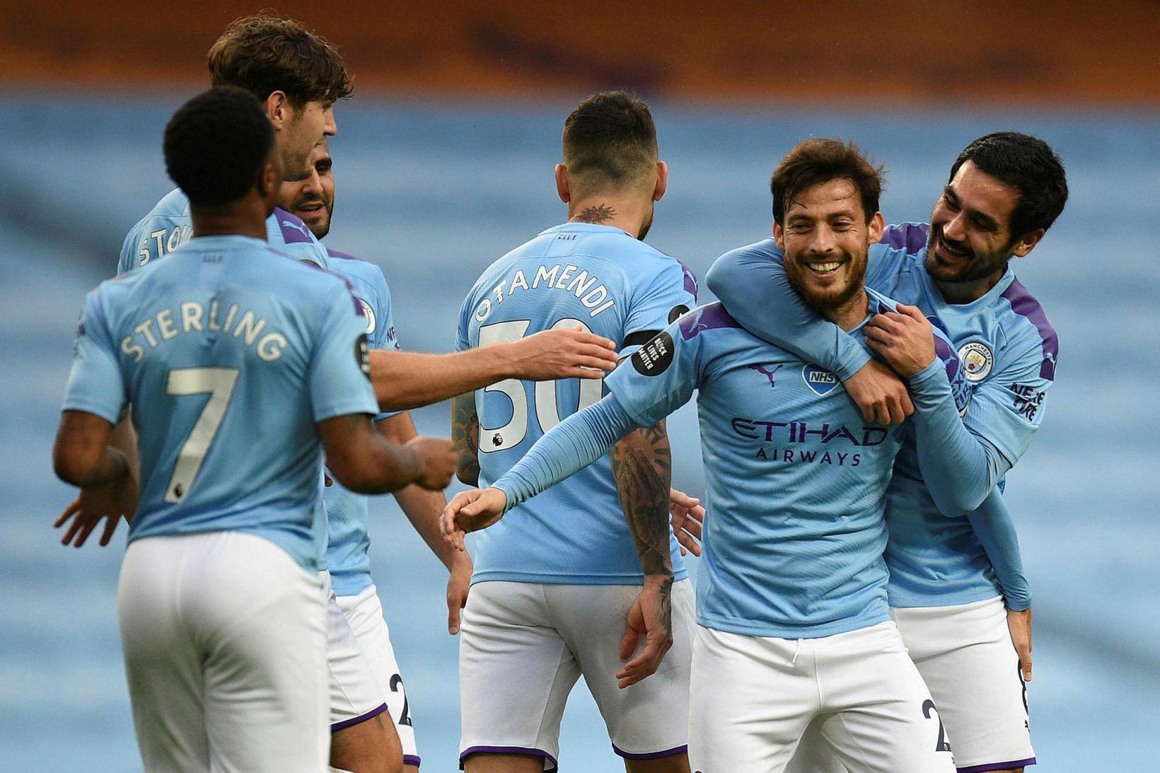 Manchester City fær að leika við Real Madríd á heimavelli.