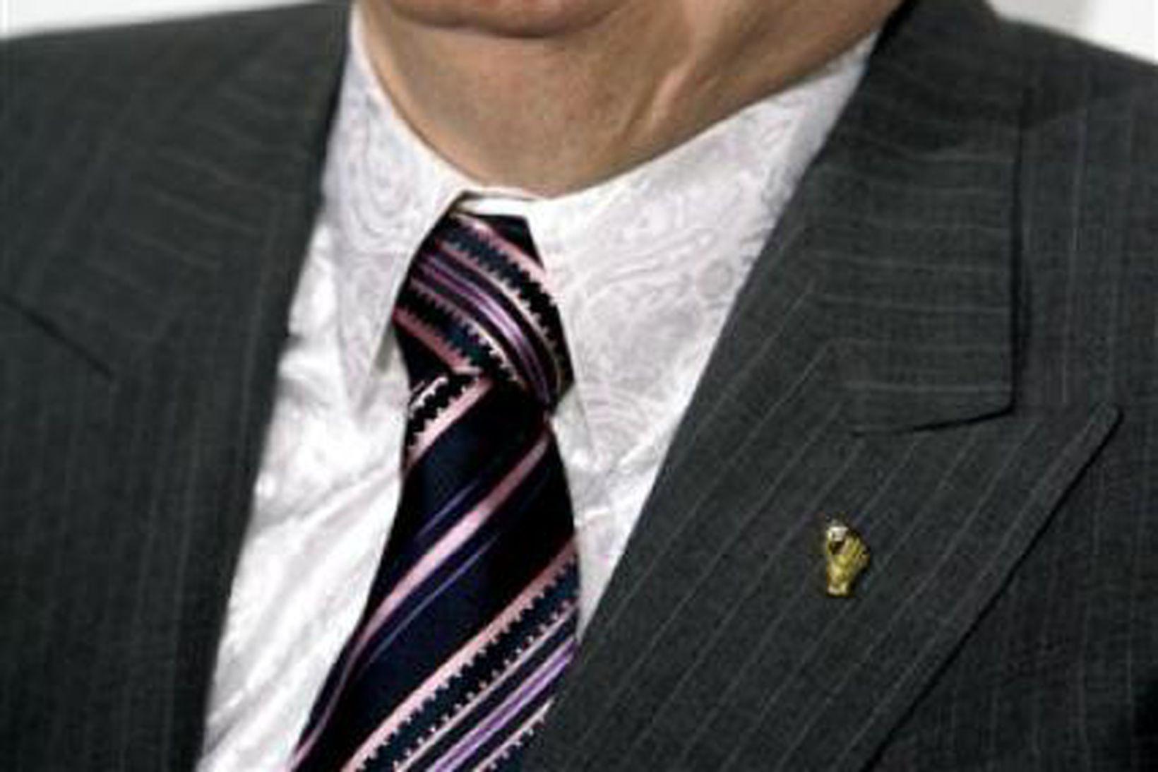 Larry Flynt, gefur út klámtímaritið Hustler.