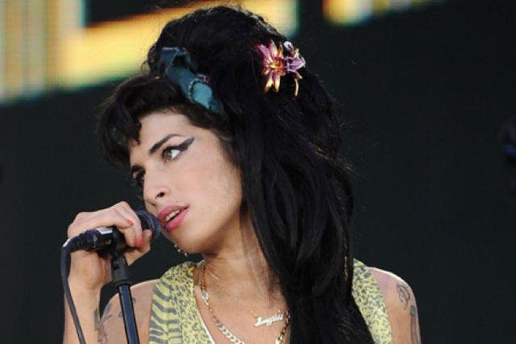 Amy Winehouse.