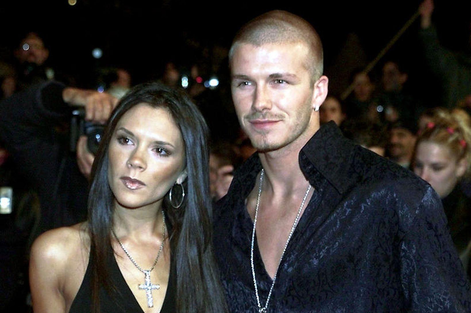 Victoria og David Beckham saman árið 2001.