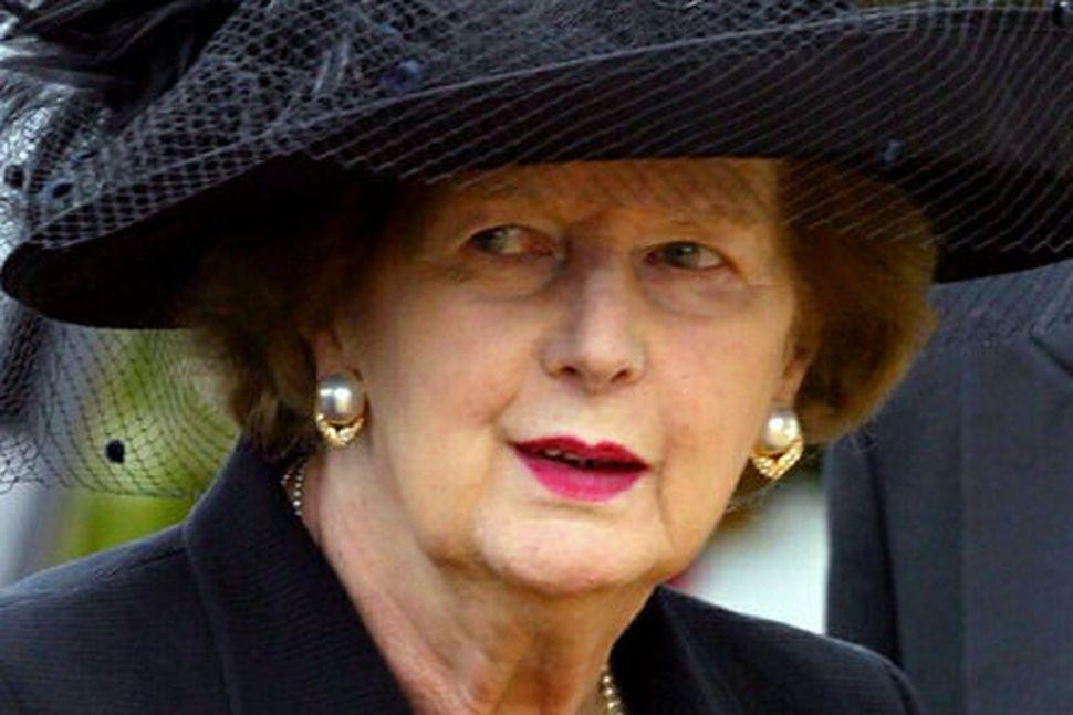 Margaret Thatcher við útför eiginmanns síns, Sir Dennis Thatcher, árið ...