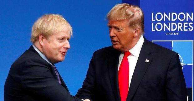 Boris Johnson forsætisráðherra Bretlands og Donald Trump Bandaríkjaforseti í London í desember, þegar enn mátti …