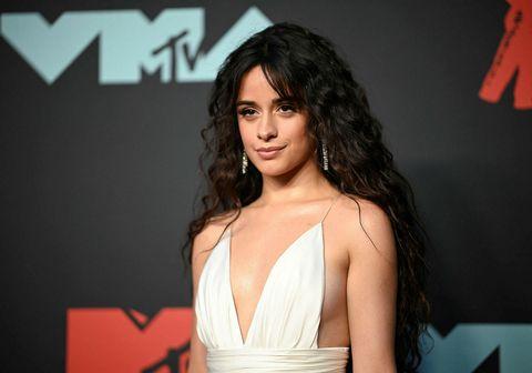 Söngkonan Camila Cabello nýtur mikilla vinsælda og er mætt með nýtt lag á lista Tónlistans.